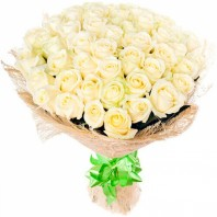 Букет из 59 белоснежных роз «Атена»