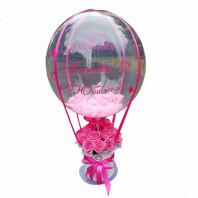 Букет из 19 роз в малой шляпной коробке с шаром «Розовое счастье»