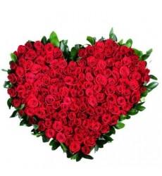 Букет из 101 красной розы Гран При «Твоё имя»
