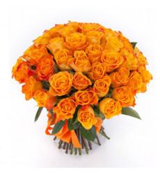 Букет из 35 оранжевых роз «Страстный поцелуй»