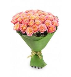 Букет из 41 розы розово-желтого цвета «Незабываемая встреча »