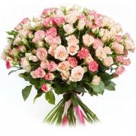 Букет из 50 кустовых роз «Океан желаний»
