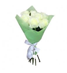 Букет из 7 белых роз  «Нежность любви »