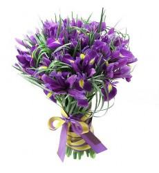 Букет из 29 ирисов «Фиолетовый вальс»