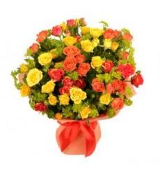 Букет  из 11 кустовых роз «Летний зной»
