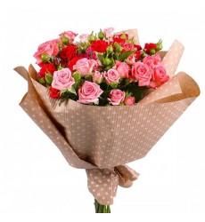 Букет  из 11 кустовых роз «Волшебный праздник»