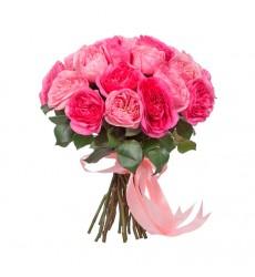 Букет из 23 пионовидных роз Мария Тереза и Ив Пьеже «Влюблённая фея»