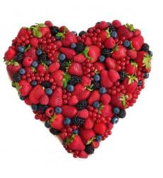 «Букет из ягод в виде сердца»