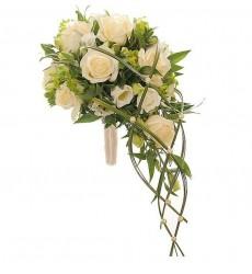 Букет невесты из 9 кремовых роз, 3 эустом и зелени «Родственные души»