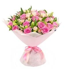 Букет из 21 розовой розы Аква «Ода весне»
