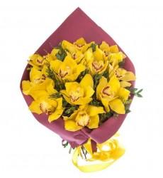 Букет из 13 жёлтых орхидей Цимбидиум «Мелодия виуэлы»