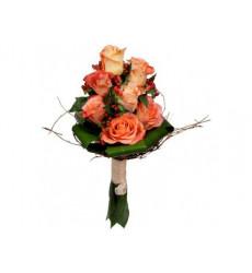 Букет из 5 нежно-оранжевых роз.  «Бархатный сансет. »