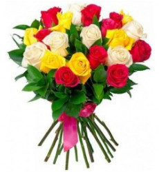 Букет-микс из 25 разноцветных роз «Радужные сны»