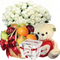 Подарочный набор букет из 101 розы, мишка, фруктовая корзина и конфеты Raffaello  «Праздник любви»