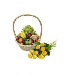 Подарочный набор букет из желтых роз, корзина из фруктов и мягкая игрушка  « Незабываемый подарок »