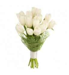 Букет из 15 белых тюльпанов «Кристальная нежность»