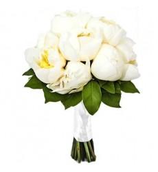 Букет невесты из 9 белых пионов «Струящаяся фата»
