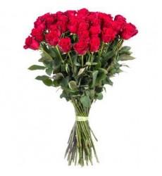 Букет из 35 метровых роз «Реальные чувства»