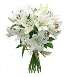 Букет из 7 белых лилий «Джиневра»