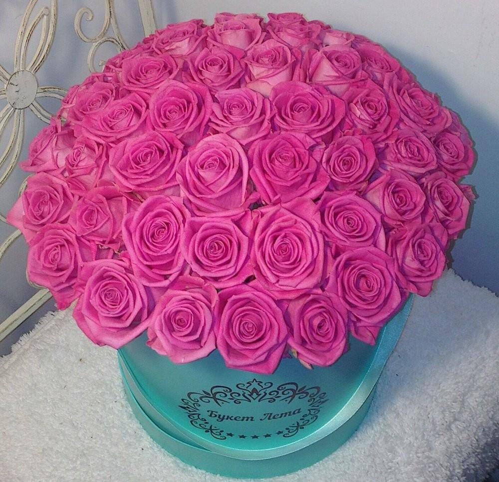 Цветы в коробке с 51 розовым пионом «Весенний Париж»