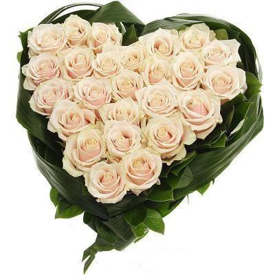 Цветочная композиция из 25 роз «Бесподобная нежность»
