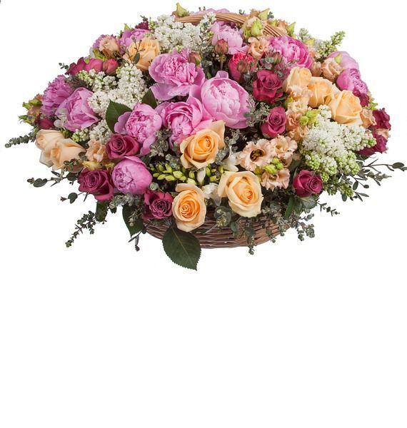 Корзина цветов с 26 пионами, 20 эустомами и 44 розами «Ароматы Прованса»
