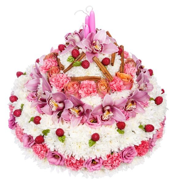 Цветочная композиция из роз, гвоздик, эустом и декора «Волшебный торт»