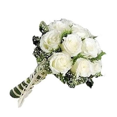 Букет невесты из 15 белых роз «Свадебная лира»
