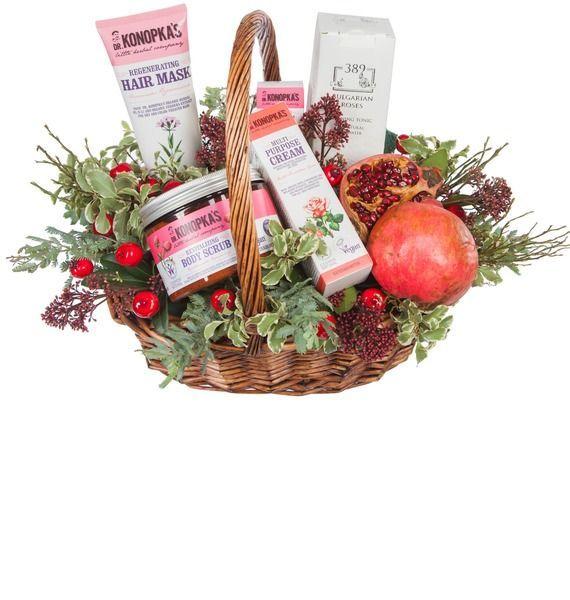 Подарочная корзина с розовой водой Bulgarian Roses, кремом и скрабом Dr.K «Каприз Афродиты»