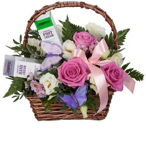 Подарочная корзина с цветами, кремами для рук и для ног Dr.K «Женская коллекция»