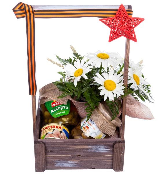 Подарочная коробка с маргаритками, консервами и декором «Небесный тихоход»