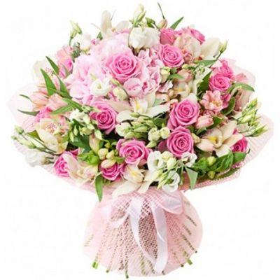 Букет из 17 роз, 10 орхидей, 9 эустом и гортензии «Нежная проза»